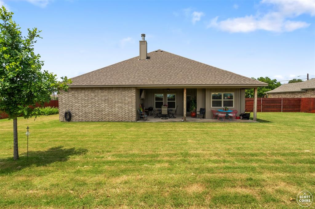 1504 Southgate  Drive, Brownwood, Texas 76801 - acquisto real estate best plano real estate agent mike shepherd