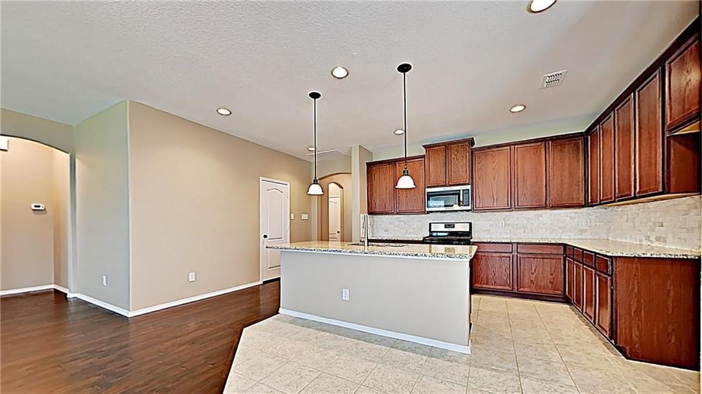 1801 Meadow Trail  Lane, Aubrey, Texas 76227 - acquisto real estate best allen realtor kim miller hunters creek expert