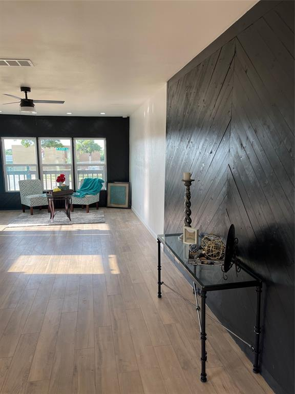 4451 6th  Avenue, Fort Worth, Texas 76115 - acquisto real estate best negotiating realtor linda miller declutter realtor