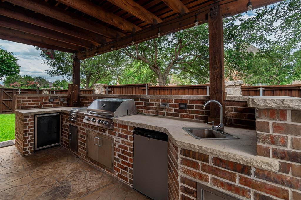 940 Crestmoor  Drive, Allen, Texas 75013 - acquisto real estate best the colony realtor linda miller the bridges real estate