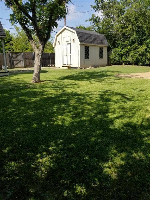 1034 Geronimo Arrow  Carrollton, Texas 75006 - acquisto real estate best realtor dfw jody daley liberty high school realtor