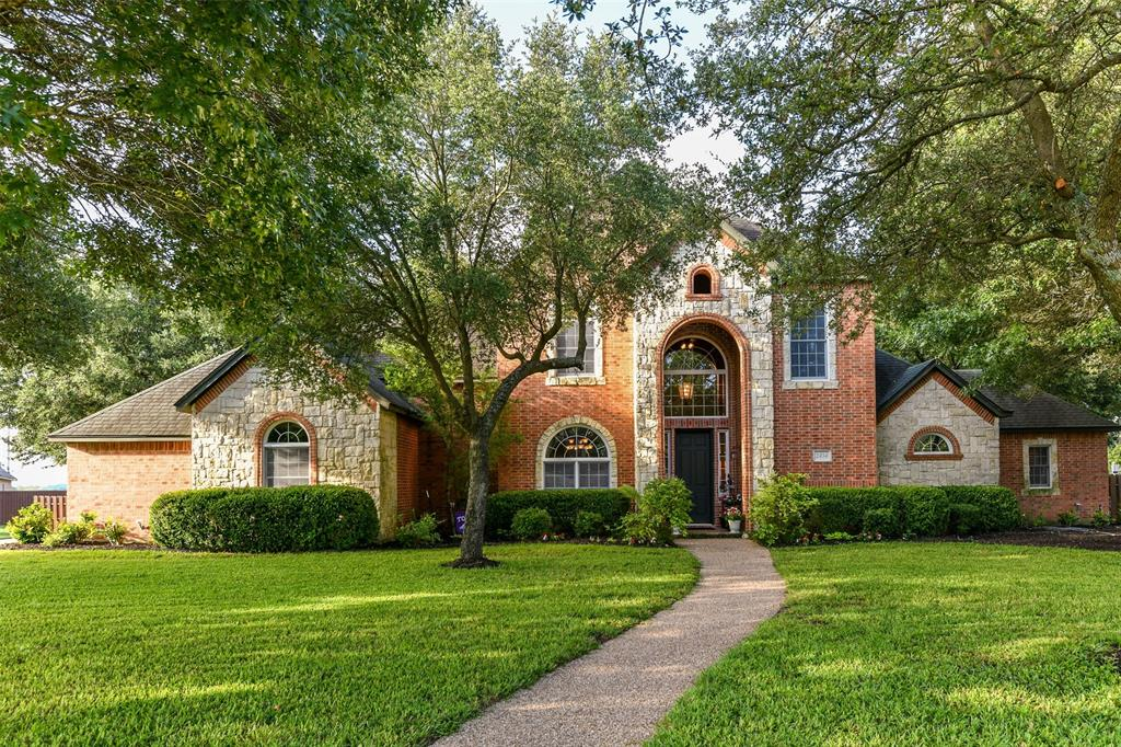 2434 SAVANNA  Circle, Midlothian, Texas 76065 - Acquisto Real Estate best plano realtor mike Shepherd home owners association expert
