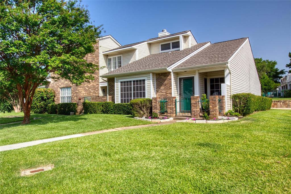 719 Creekwood  Court, Lewisville, Texas 75067 - acquisto real estate best luxury home specialist shana acquisto