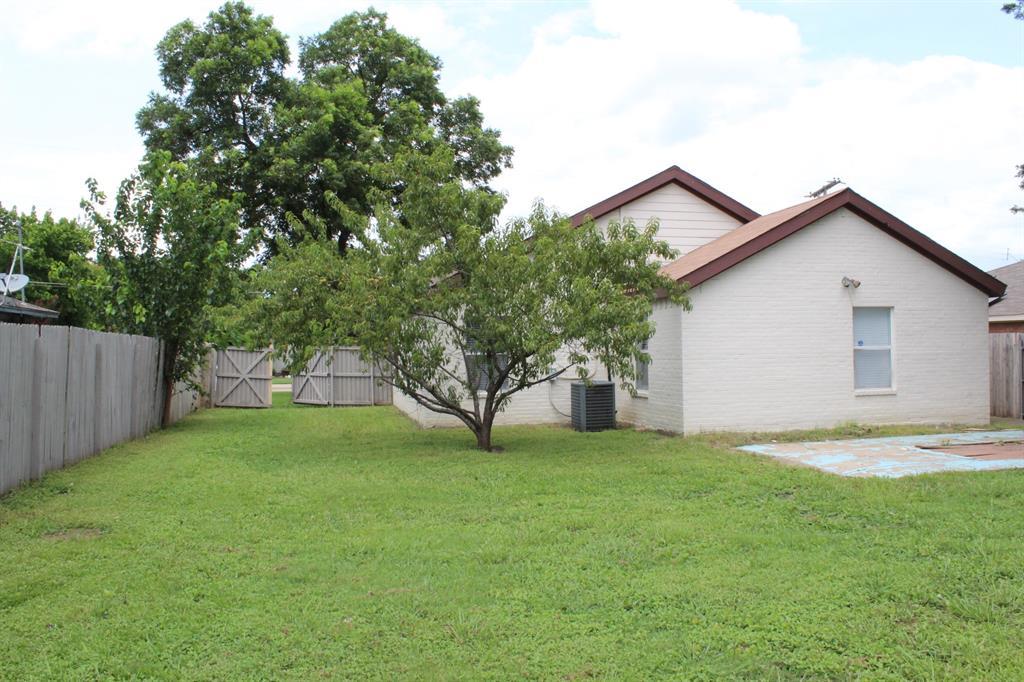 1606 15th  Place, Plano, Texas 75074 - acquisto real estate best negotiating realtor linda miller declutter realtor
