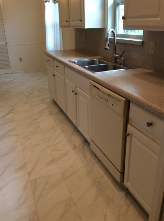 2417 Grandview  Drive, Richardson, Texas 75080 - acquisto real estate best style realtor kim miller best real estate reviews dfw