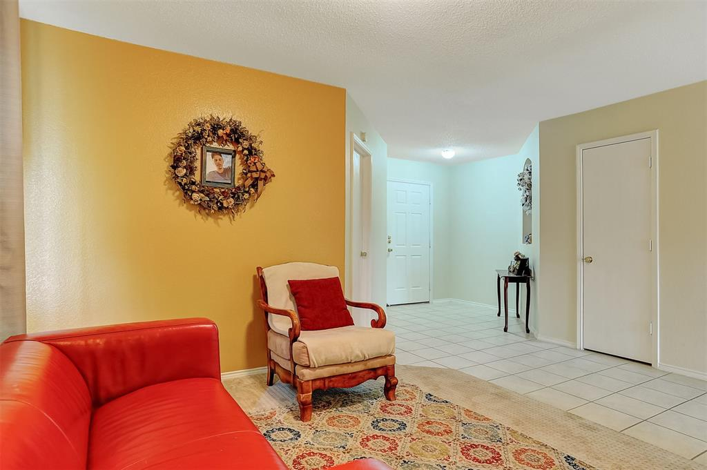1113 Mallard  Drive, Sherman, Texas 75092 - acquisto real estate best realtor foreclosure real estate mike shepeherd walnut grove realtor