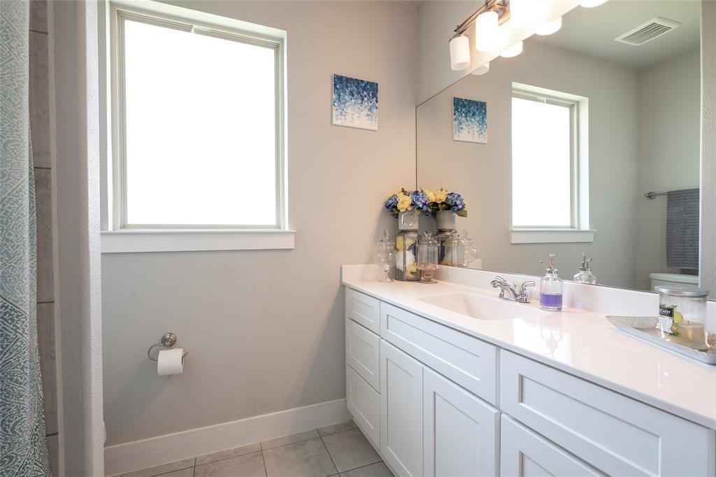 9 Bluebird  Lane, Sanger, Texas 76266 - acquisto real estate best realtor foreclosure real estate mike shepeherd walnut grove realtor