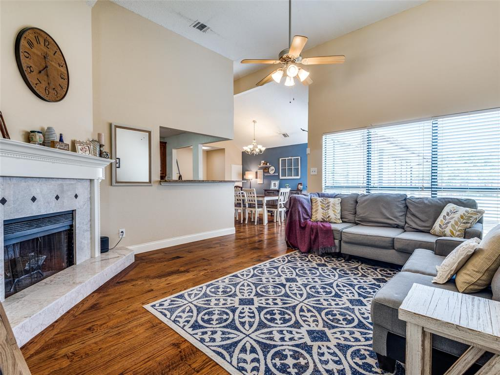 1607 San Francisco  Street, Carrollton, Texas 75007 - acquisto real estate best flower mound realtor jody daley lake highalands agent of the year