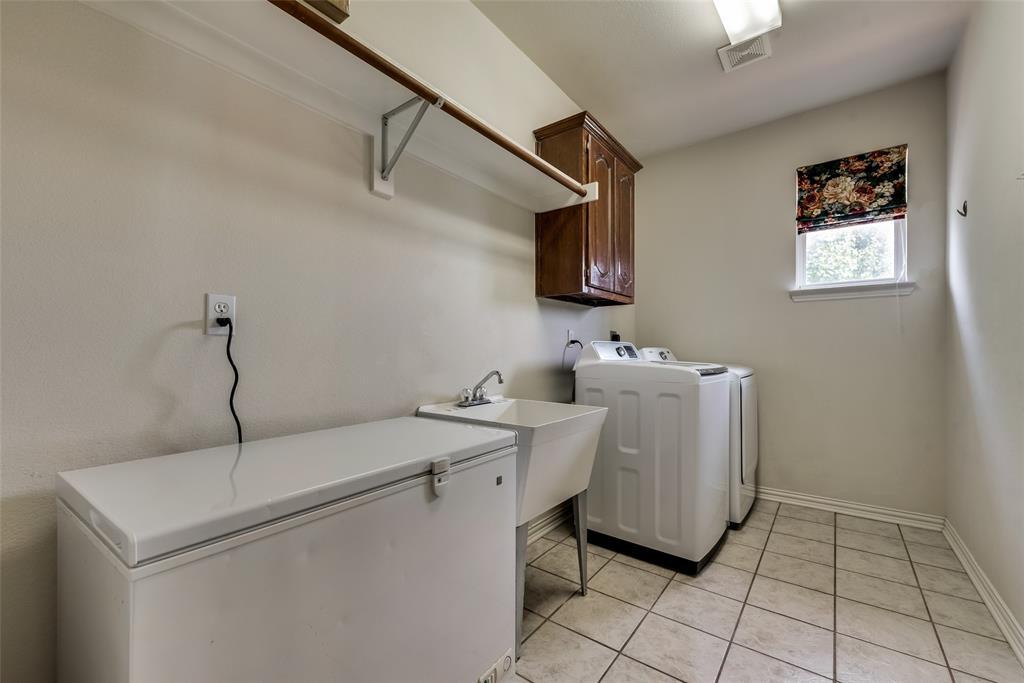 1205 Lone Star  Boulevard, Talty, Texas 75160 - acquisto real estate smartest realtor in america shana acquisto