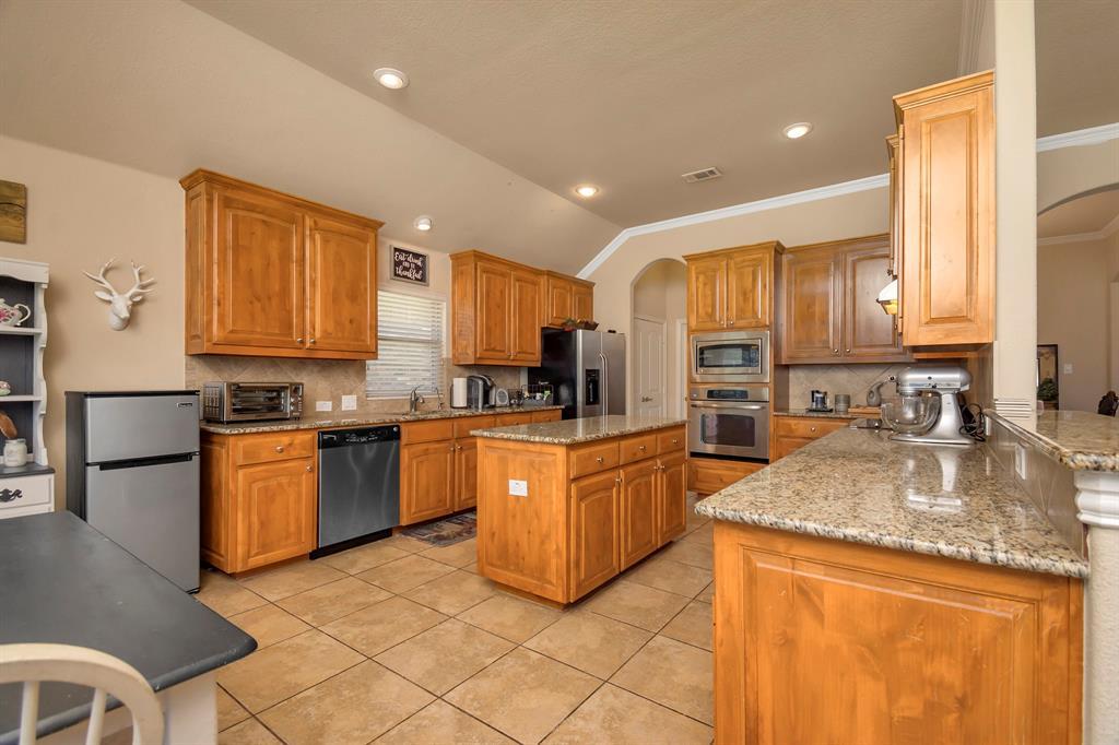 2725 Los Gatos  Lane, Fort Worth, Texas 76131 - acquisto real estate best luxury buyers agent in texas shana acquisto inheritance realtor