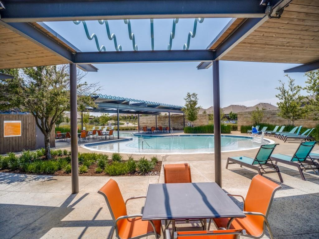1020 Bluebird  Way, Celina, Texas 75009 - acquisto real estate best realtor dfw jody daley liberty high school realtor