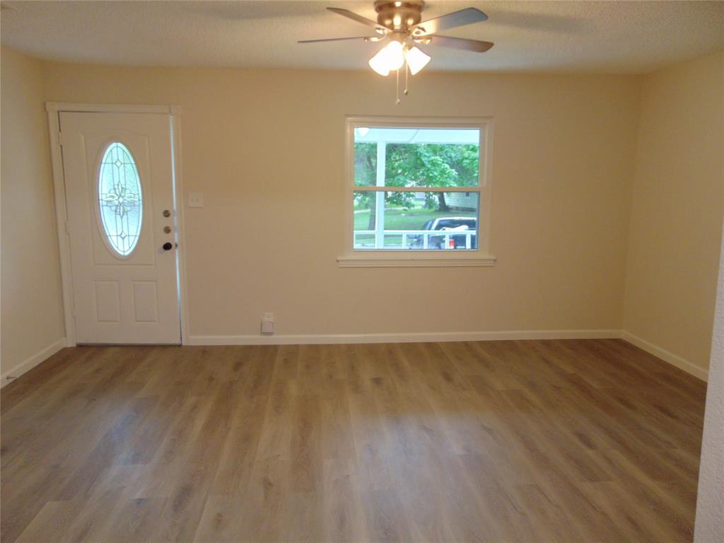 718 19th  Street, Grand Prairie, Texas 75050 - Acquisto Real Estate best mckinney realtor hannah ewing stonebridge ranch expert