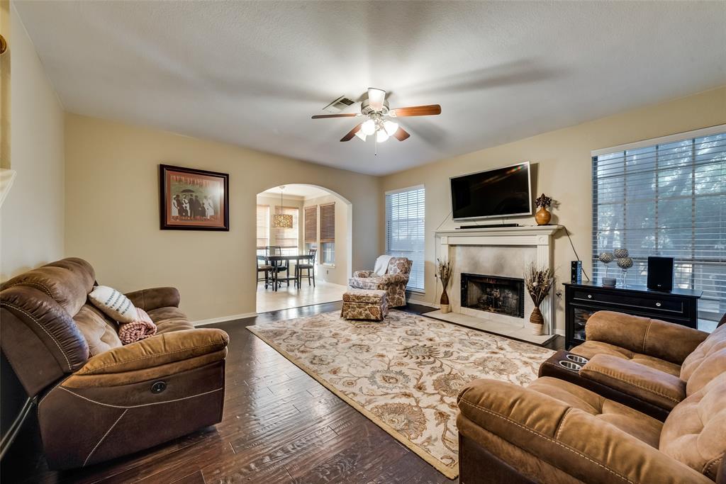 6319 Pierce Arrow  Drive, Arlington, Texas 76001 - acquisto real estate best prosper realtor susan cancemi windfarms realtor