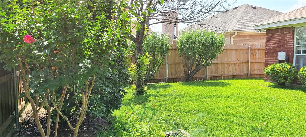 329 Willowstone  Trail, Saginaw, Texas 76179 - acquisto real estate best looking realtor in america shana acquisto