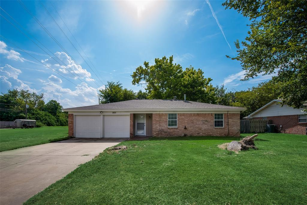 2821 Rufe Snow  Drive, Richland Hills, Texas 76118 - Acquisto Real Estate best frisco realtor Amy Gasperini 1031 exchange expert