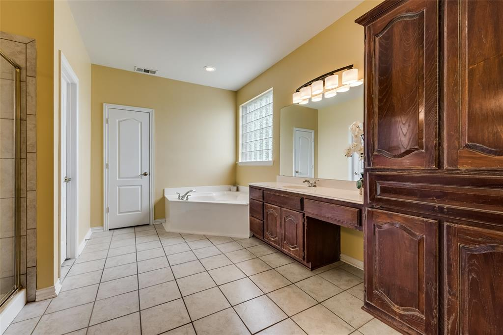 1205 Lone Star  Boulevard, Talty, Texas 75160 - acquisto real estate best relocation company in america katy mcgillen