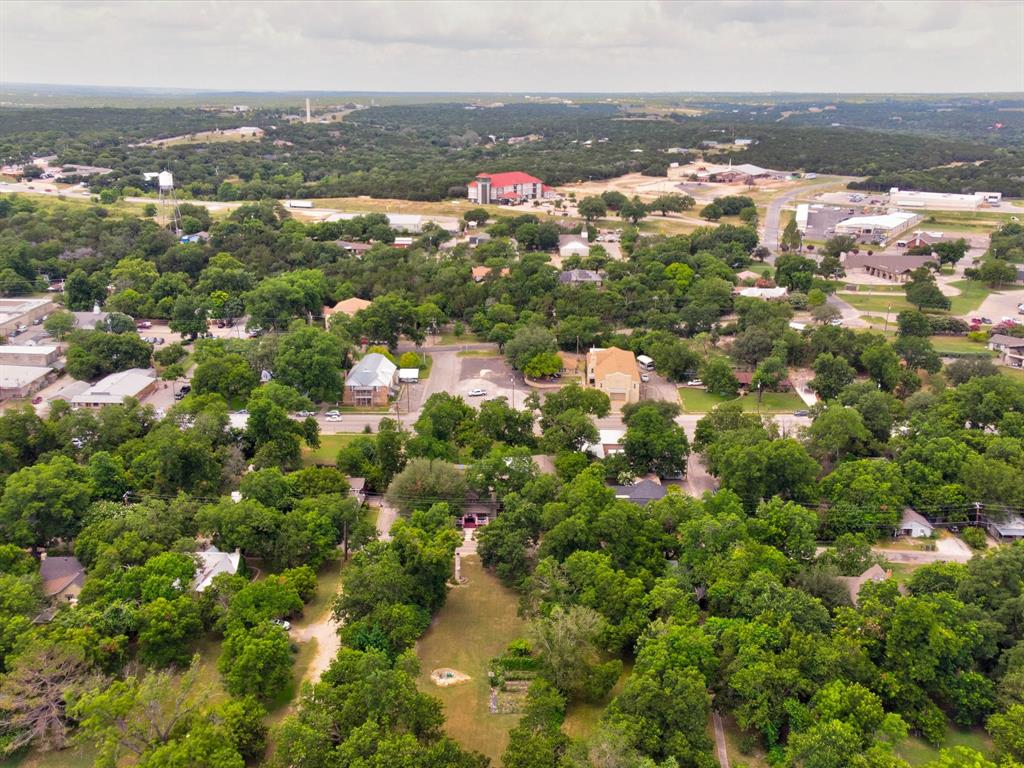 401 Grace  Street, Glen Rose, Texas 76043 - Acquisto Real Estate best frisco realtor Amy Gasperini 1031 exchange expert