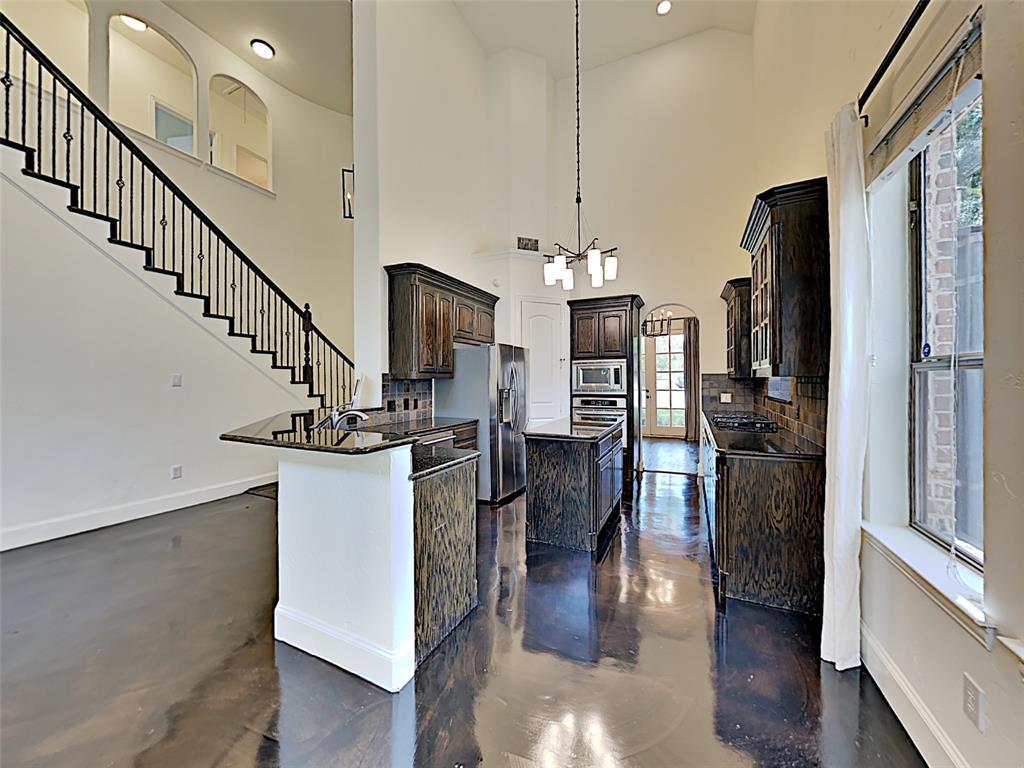 2224 Forest Hollow  Park, Dallas, Texas 75228 - acquisto real estate best allen realtor kim miller hunters creek expert
