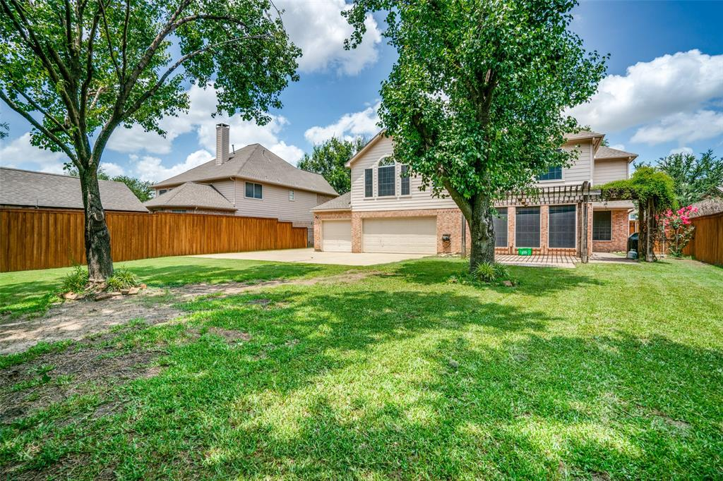 704 Creek Crossing  Trail, Keller, Texas 76248 - acquisto real estate best frisco real estate agent amy gasperini panther creek realtor