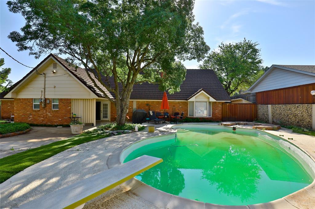 1600 Kiowa  Drive, Big Spring, Texas 79720 - acquisto real estate smartest realtor in america shana acquisto