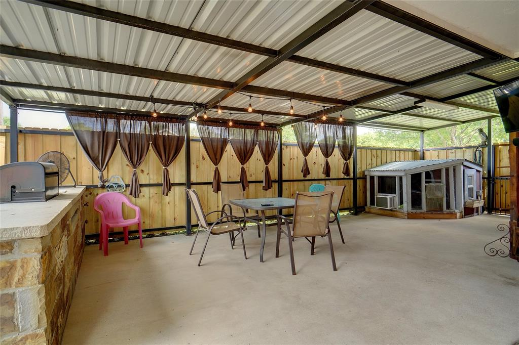 319 6th  Street, Justin, Texas 76247 - acquisto real estate best realtor dallas texas linda miller agent for cultural buyers