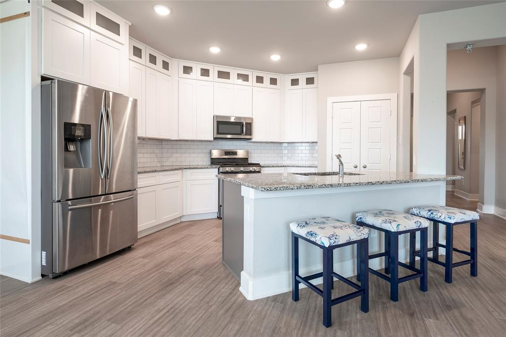 9 Bluebird  Lane, Sanger, Texas 76266 - acquisto real estate best celina realtor logan lawrence best dressed realtor