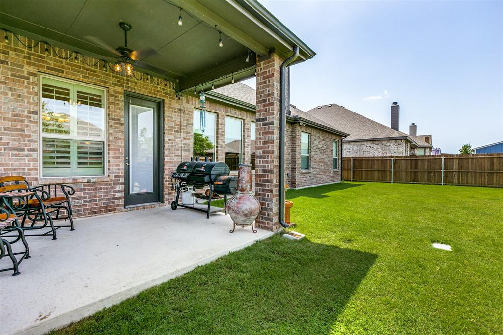 1129 Planters  Way, Waxahachie, Texas 75165 - acquisto real estate best frisco real estate agent amy gasperini panther creek realtor