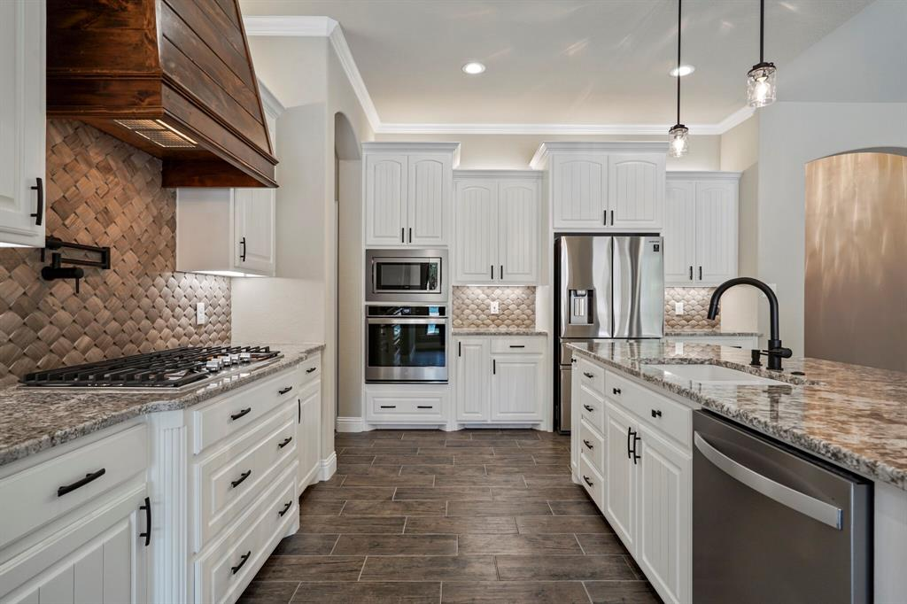 725 Glade Park  Court, Azle, Texas 76020 - acquisto real estate best listing agent in the nation shana acquisto estate realtor
