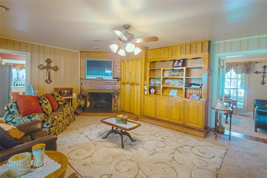 307 Hillcrest  Avenue, Eastland, Texas 76448 - acquisto real estate best highland park realtor amy gasperini fast real estate service