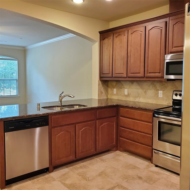924 Grace  Lane, Lewisville, Texas 75056 - acquisto real estate best designer and realtor hannah ewing kind realtor