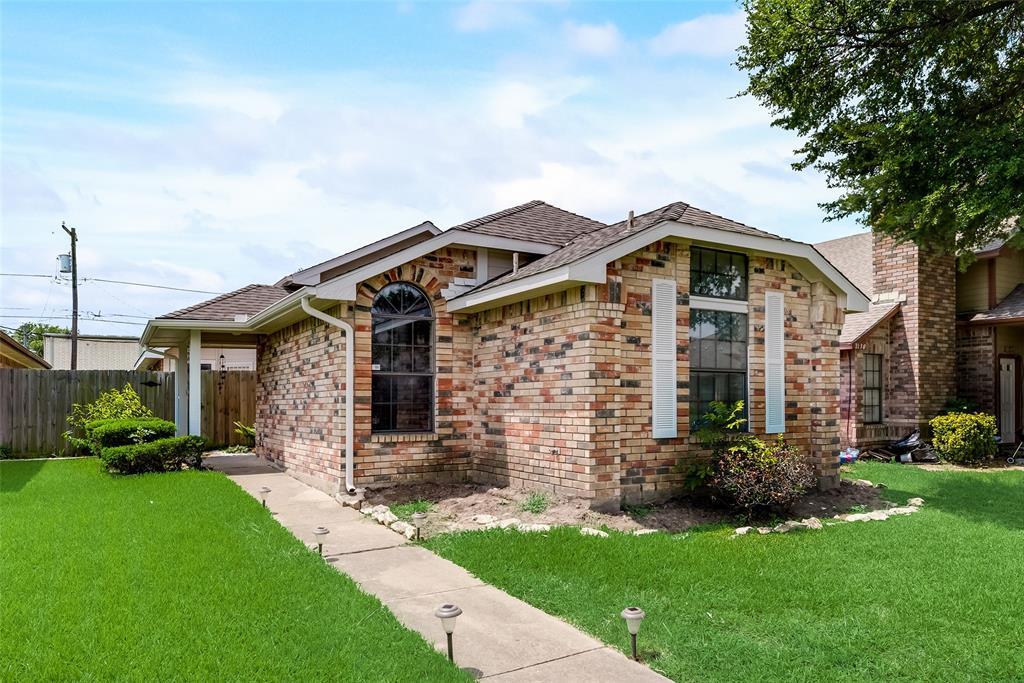 2126 Nectar  Drive, Mesquite, Texas 75149 - Acquisto Real Estate best frisco realtor Amy Gasperini 1031 exchange expert
