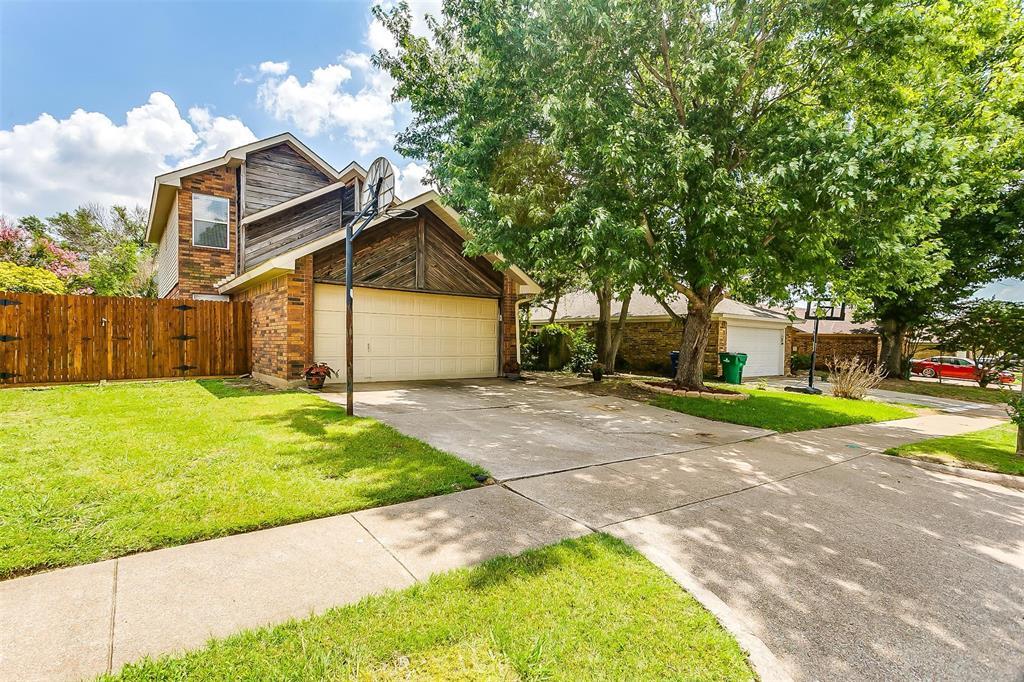 6028 Hillglen  Drive, Watauga, Texas 76148 - acquisto real estate best allen realtor kim miller hunters creek expert