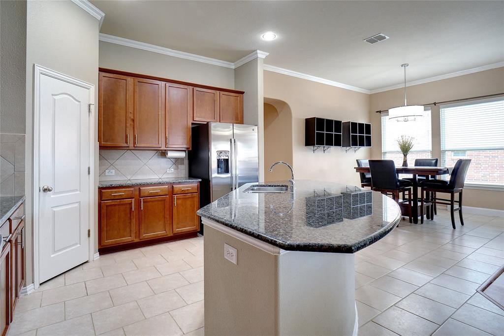 4013 Bonita  Avenue, Denton, Texas 76210 - acquisto real estate best real estate company to work for