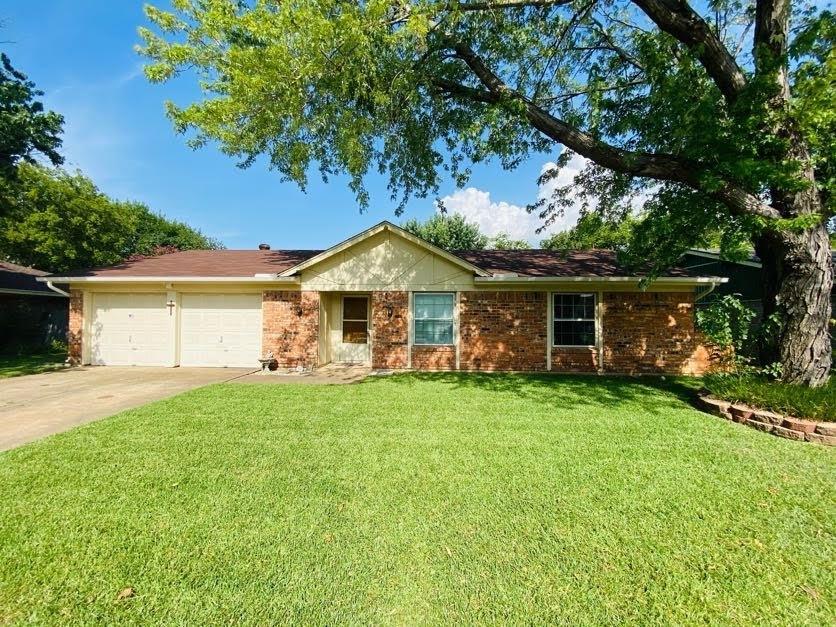 213 Anita  Avenue, Keller, Texas 76248 - Acquisto Real Estate best frisco realtor Amy Gasperini 1031 exchange expert