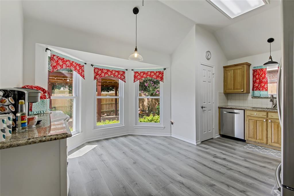 905 Canterbury  Drive, Saginaw, Texas 76179 - acquisto real estate best luxury buyers agent in texas shana acquisto inheritance realtor