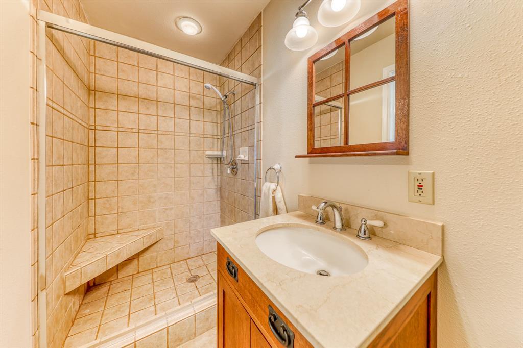 1957 Deer Trail  Road, Possum Kingdom Lake, Texas 76449 - acquisto real estate best realtor foreclosure real estate mike shepeherd walnut grove realtor