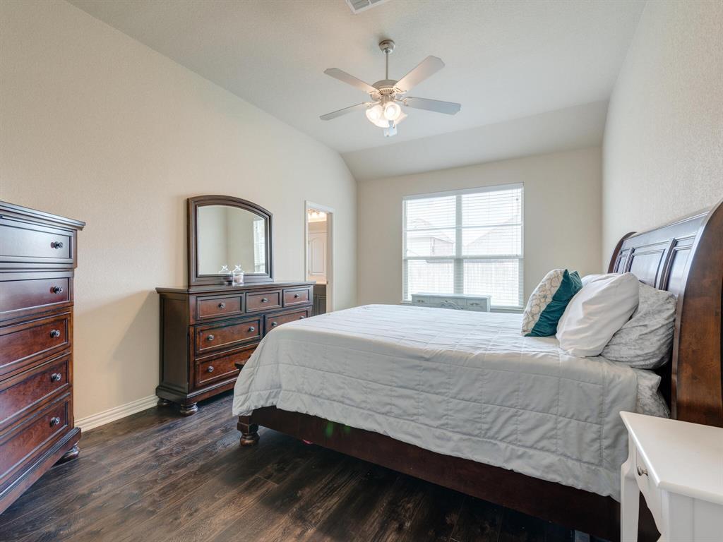 929 Viburnum  Drive, Fort Worth, Texas 76131 - acquisto real estate best listing agent in the nation shana acquisto estate realtor
