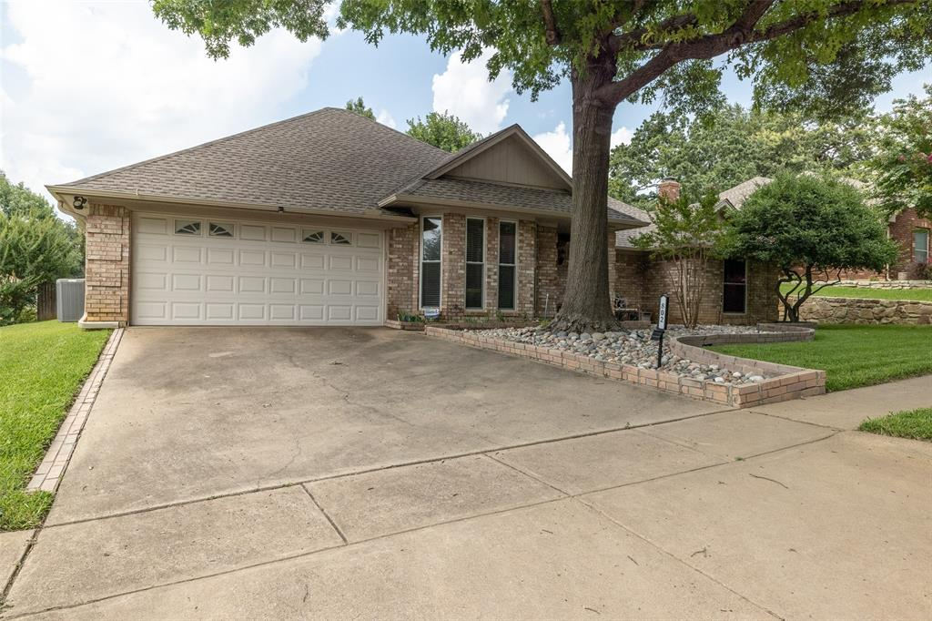 802 Glenn  Drive, Euless, Texas 76039 - acquisto real estate best investor home specialist mike shepherd relocation expert