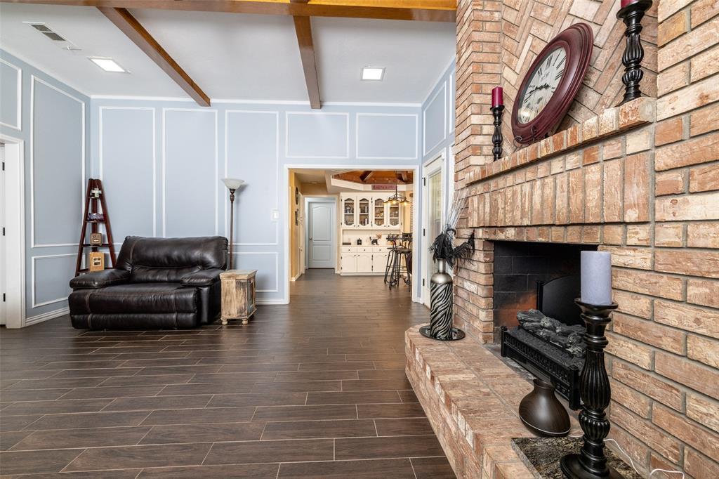 802 Glenn  Drive, Euless, Texas 76039 - acquisto real estate best highland park realtor amy gasperini fast real estate service
