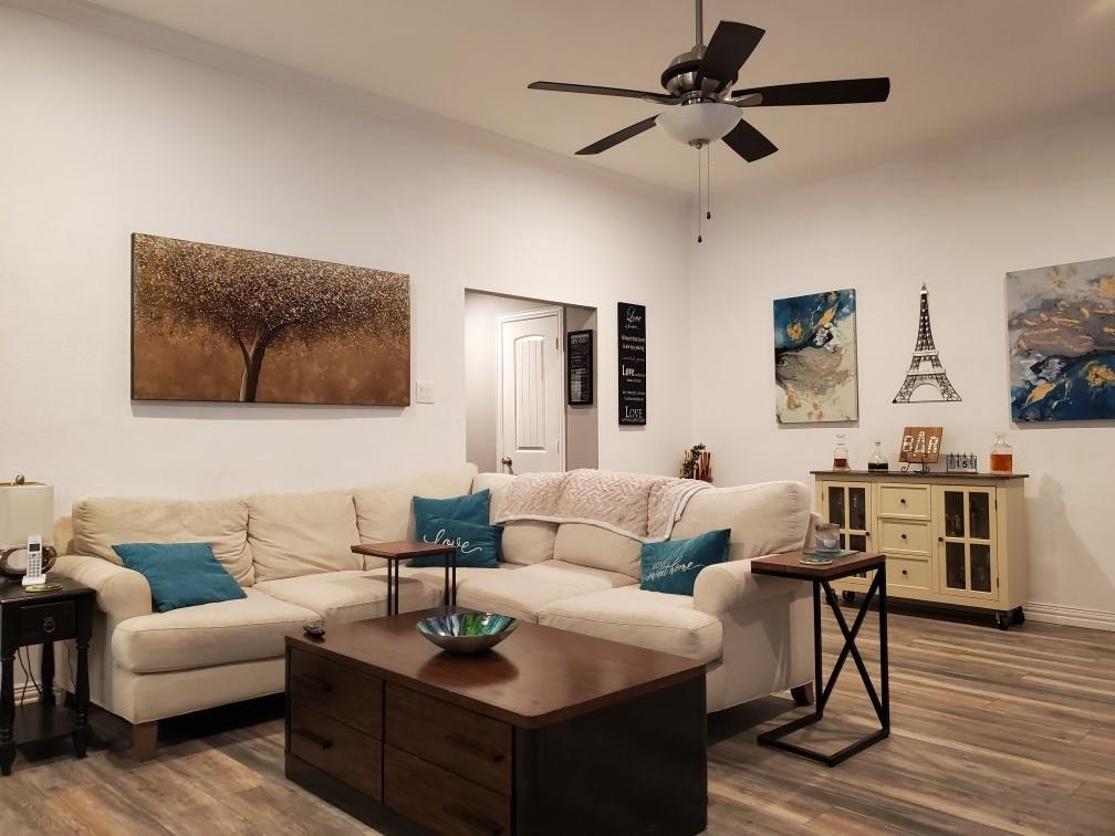 2619 Summertree  Drive, Carrollton, Texas 75006 - acquisto real estate best prosper realtor susan cancemi windfarms realtor