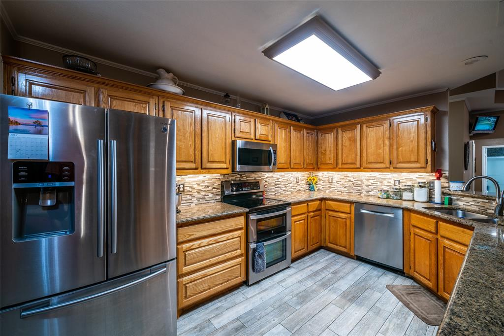 221 Sunrise  Court, Palmer, Texas 75152 - acquisto real estate best listing listing agent in texas shana acquisto rich person realtor