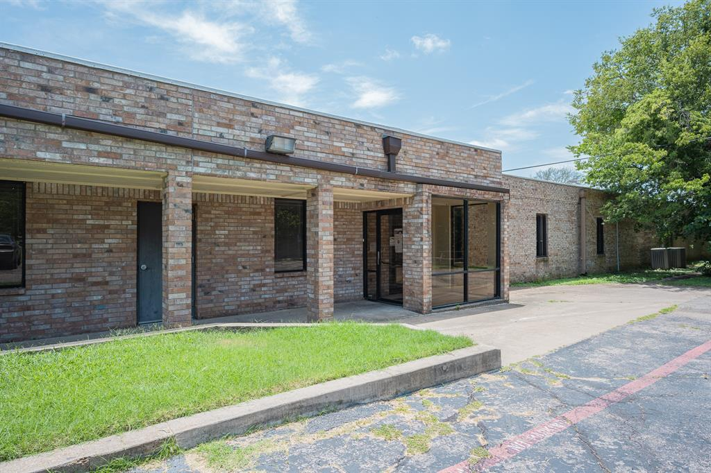 1300 Anglin  Street, Cleburne, Texas 76031 - Acquisto Real Estate best mckinney realtor hannah ewing stonebridge ranch expert