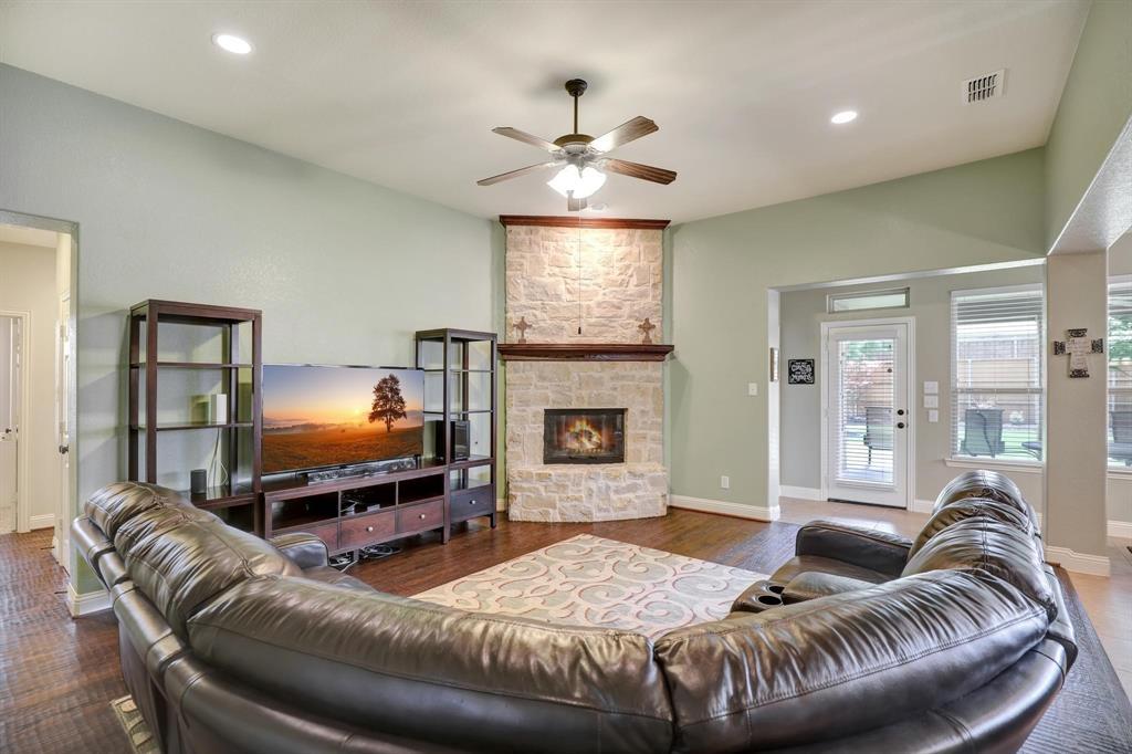 801 Quiet Oak  Lane, Prosper, Texas 75078 - acquisto real estate best real estate company in frisco texas real estate showings