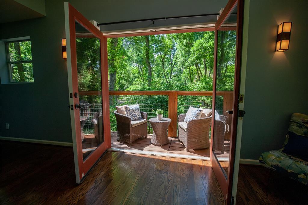 8176 Barbaree  Boulevard, Dallas, Texas 75228 - acquisto real estate best photos for luxury listings amy gasperini quick sale real estate