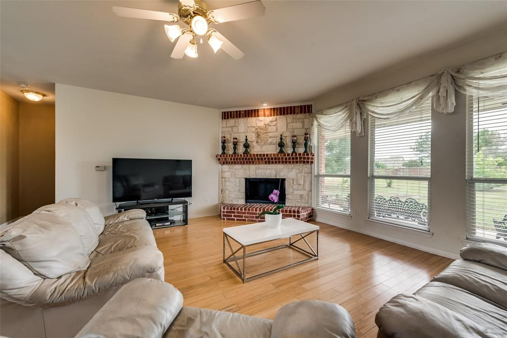 1205 Lone Star  Boulevard, Talty, Texas 75160 - acquisto real estate best real estate company to work for
