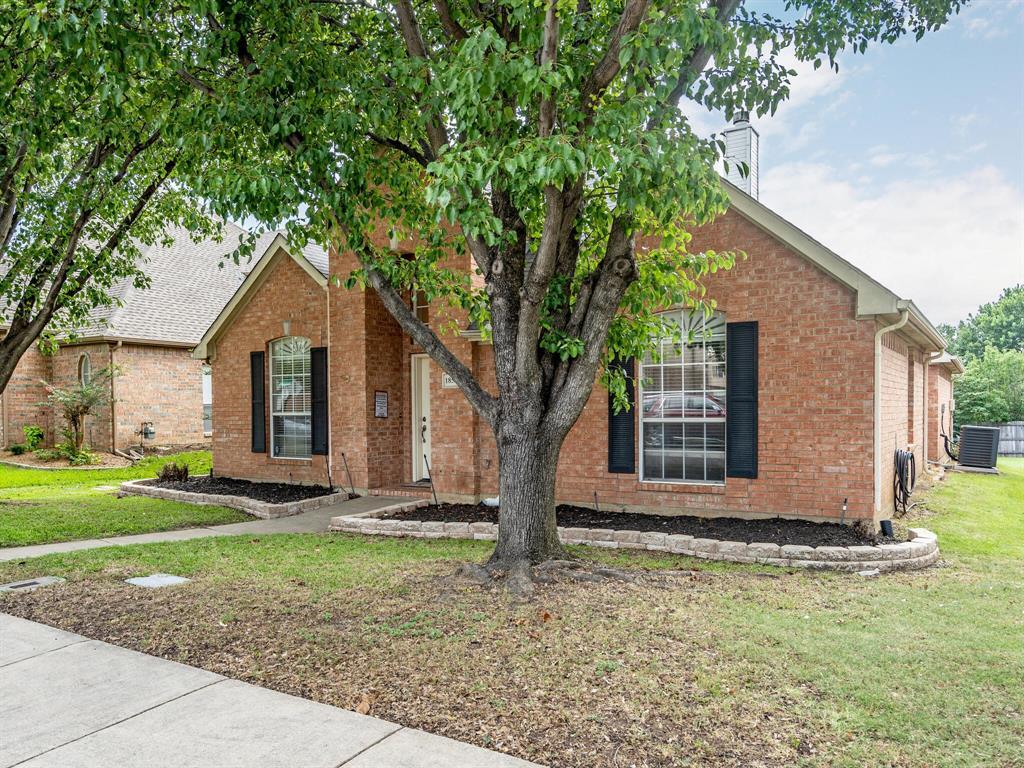 1854 Crosshaven  Drive, Lewisville, Texas 75077 - acquisto real estate smartest realtor in america shana acquisto