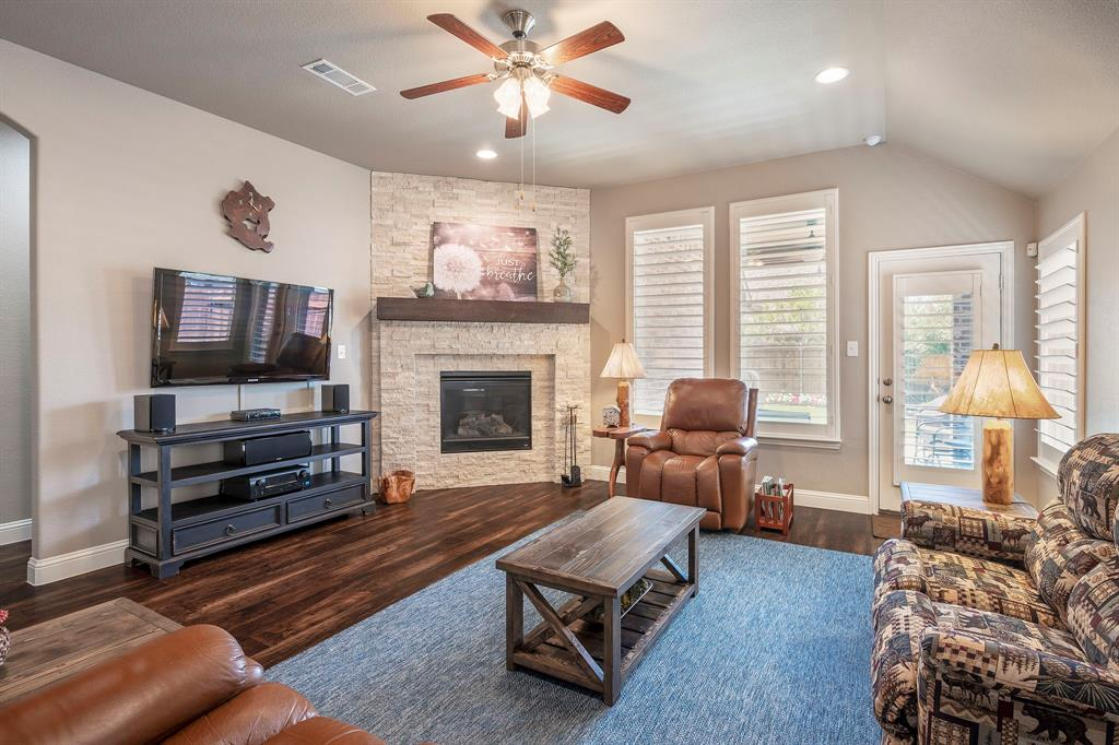 1116 Hot Springs  Way, Celina, Texas 75009 - acquisto real estate best the colony realtor linda miller the bridges real estate