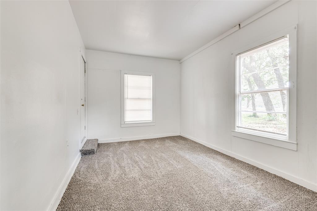 1405 West  Street, Arlington, Texas 76010 - acquisto real estate best designer and realtor hannah ewing kind realtor