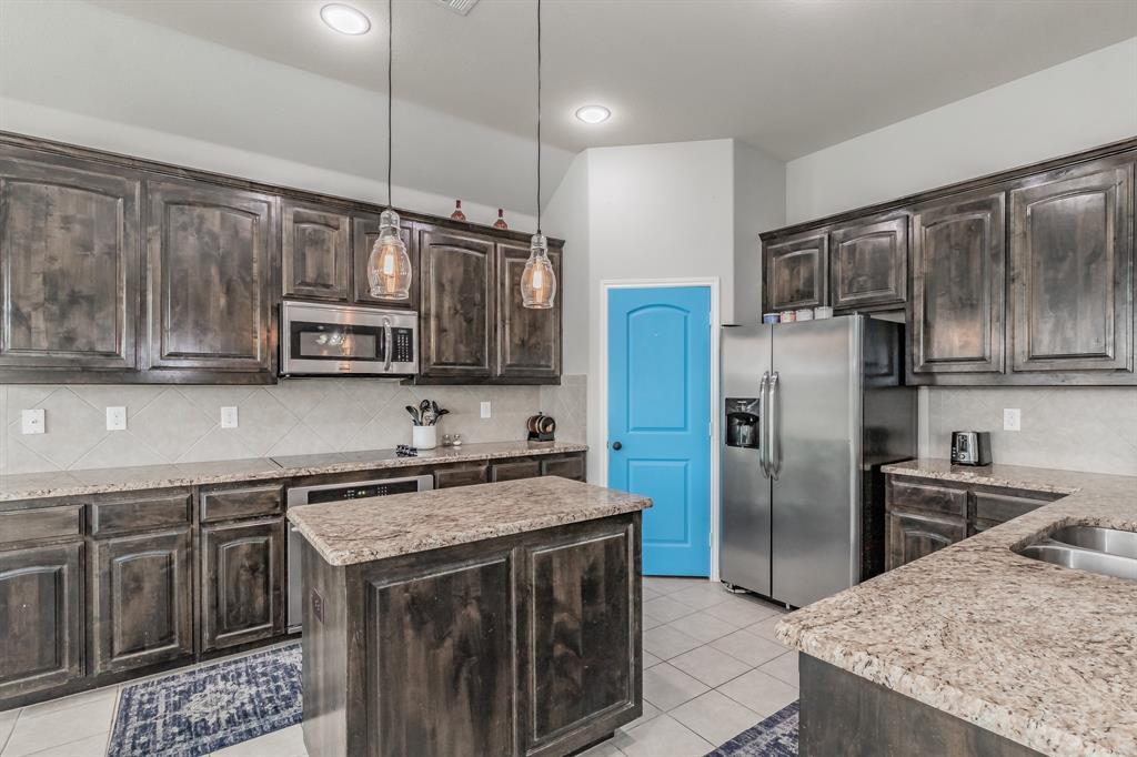 1204 Lantana  Lane, Burleson, Texas 76028 - acquisto real estate best celina realtor logan lawrence best dressed realtor