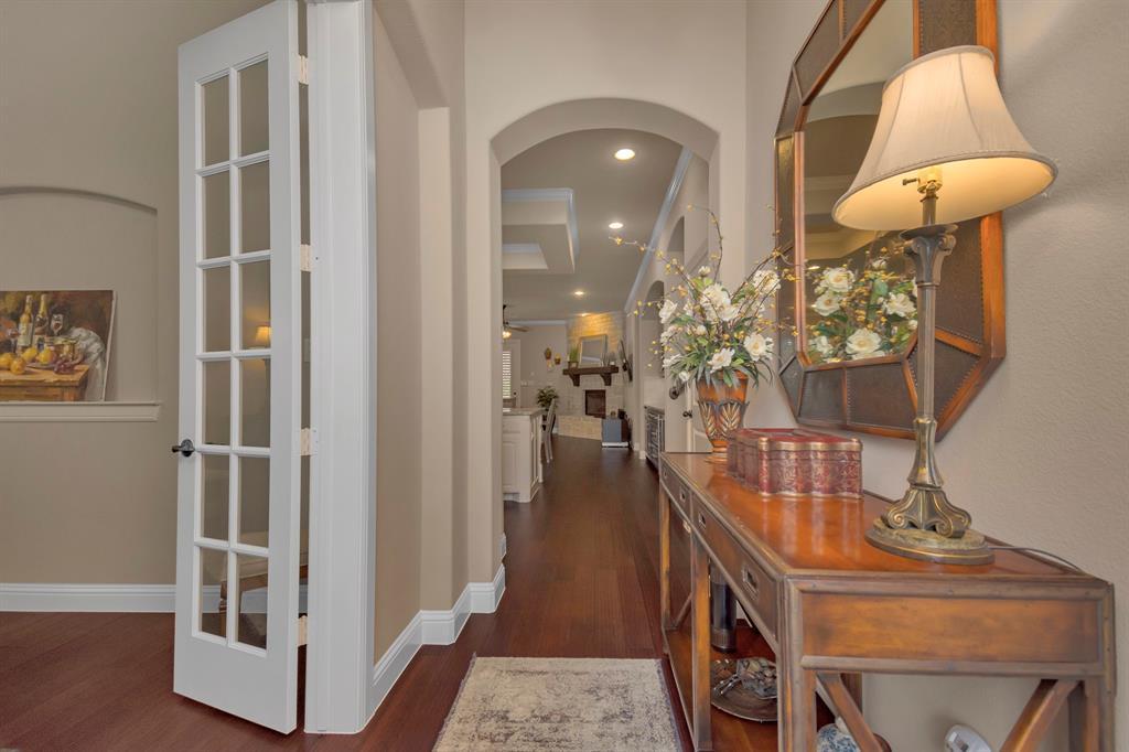 417 Chestnut  Lane, Roanoke, Texas 76262 - acquisto real estate best celina realtor logan lawrence best dressed realtor
